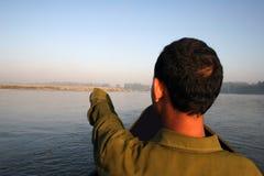 Excursion de canoë - Népal image stock