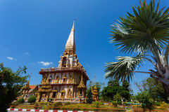 Excursion to the temple Wat Chalong Royalty Free Stock Photography