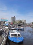 Excursions de bateau de canal, Amsterdam Photographie stock libre de droits