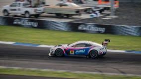 Exe Aston Arnage emballant dans les courses GT300 chez Burirum, Thaila de WAKO Photographie stock libre de droits