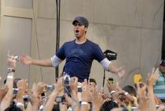 Execução de Enrique Iglesias viva. Imagem de Stock