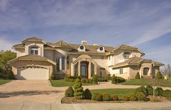 Executive Mansion With Circular Driveway Royalty Free Stock Images