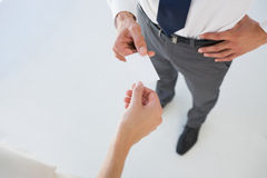 Executives exchanging business card Royalty Free Stock Photos