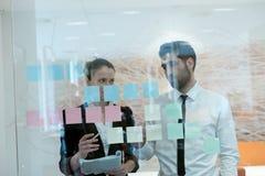 Executivos criativos novos Imagens de Stock Royalty Free