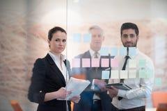 Executivos criativos novos com CEO superior Foto de Stock Royalty Free