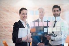 Executivos criativos novos com CEO superior Imagens de Stock Royalty Free