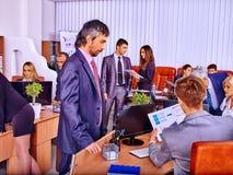 Executivos do grupo no escritório Imagem de Stock