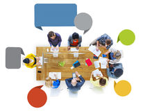 Executivos do projeto Team Brainstorming Meeting Concept fotos de stock