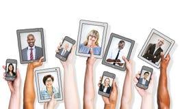 Executivos e conceitos sociais dos trabalhos em rede foto de stock royalty free