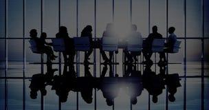 Executivos em conceitos de uma reunião e da venda imagem de stock royalty free