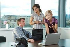 Executivos no escritório foto de stock royalty free