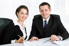 Executivos novos espertos Imagens de Stock Royalty Free