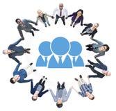 Executivos que guardam as mãos e o Team Concept Fotos de Stock