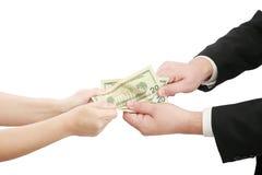 Executivos que lutam sobre algum nos dinheiro foto de stock royalty free