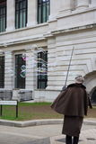 Executor da rua da bolha de sabão Imagens de Stock Royalty Free