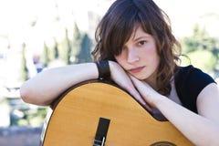 Executor novo da guitarra Fotos de Stock