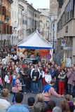 Executores da rua, Udine Imagens de Stock