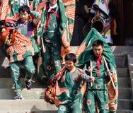 Executores no festival de Takayama, Japão da dança de leão fotos de stock royalty free