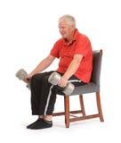 Exercício aposentado sênior do homem imagem de stock royalty free