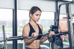 Exercício atlético da menina fotografia de stock royalty free