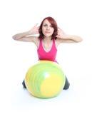 Exercício com uma esfera dos pilates Imagens de Stock Royalty Free