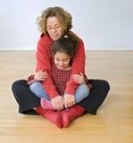 Exercício da matriz e da criança Foto de Stock Royalty Free