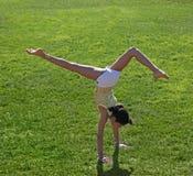 Exercício da menina fotografia de stock royalty free