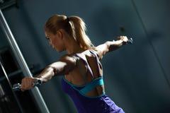 Exercício do ombro Fotografia de Stock