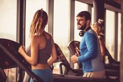 Exercício e conversa foto de stock
