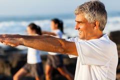 Exercício envelhecido meio do homem Fotografia de Stock