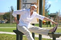 Exercício maduro da mulher Fotos de Stock Royalty Free