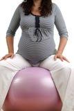 Exercício da mulher gravida Imagens de Stock