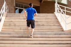 Exercício em um voo de escadas Imagens de Stock