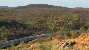 Exercez-vous dans l'intérieur, Alice Springs, Australie banque de vidéos