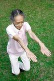 Exercice aîné sain de femme Photographie stock