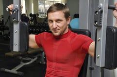 Exercice d'hommes de forme physique Photos libres de droits
