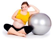 Exercice de femme enceinte image stock
