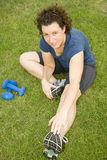 Exercice de jeune femme Images stock