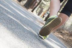 Exercice de jeune fille Photos stock