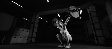 Exercice femelle d'athlète de forme physique Photos stock