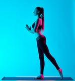 Exercices γιόγκας γυναικών Στοκ εικόνα με δικαίωμα ελεύθερης χρήσης