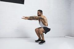 Exercices de gymnastique suédoise et de poids du corps photo libre de droits