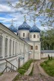 Exhaltation十字架, Yuriev修道院教会  免版税图库摄影
