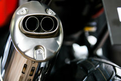 Exhaust leda i rör Fotografering för Bildbyråer