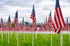 Exhibición de la bandera de Memorial Day Imagenes de archivo
