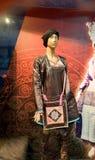 Exhibición de la ropa de Hmong en Guizhou, China Imágenes de archivo libres de regalías