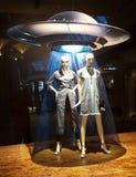 Exhibición de la ventana de grandes almacenes del UFO Fotos de archivo libres de regalías