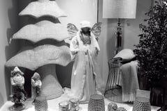 Exhibición de la ventana del día de fiesta en Salzburg, Austria Foto de archivo libre de regalías
