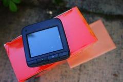 Exhibición de la videocámara del coche Video para registrar la situación del tráfico mientras que conduce su coche imagen de archivo libre de regalías