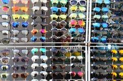 Exhibición de las gafas de sol Fotografía de archivo libre de regalías